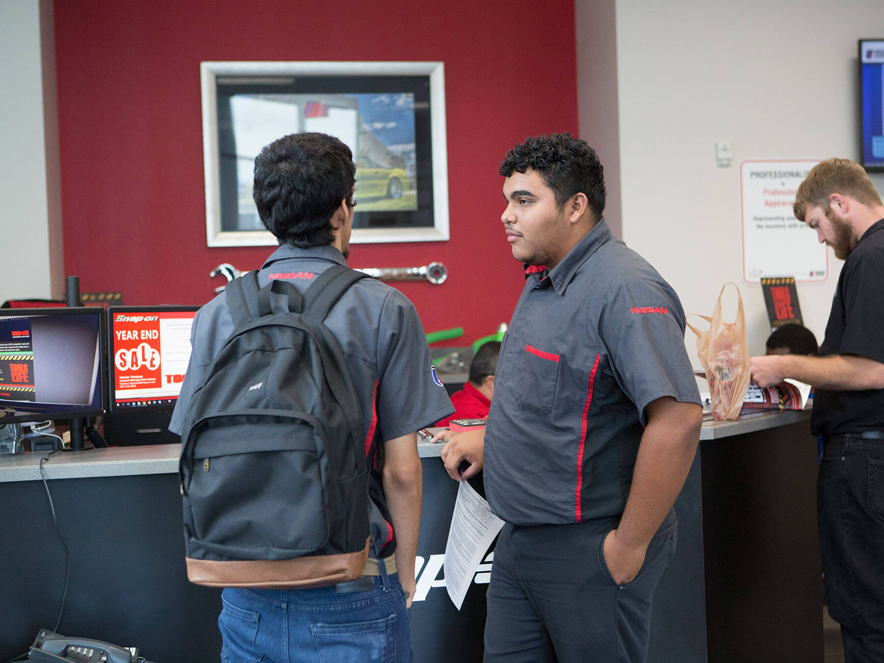 UTI students at the snap on dealership on campus