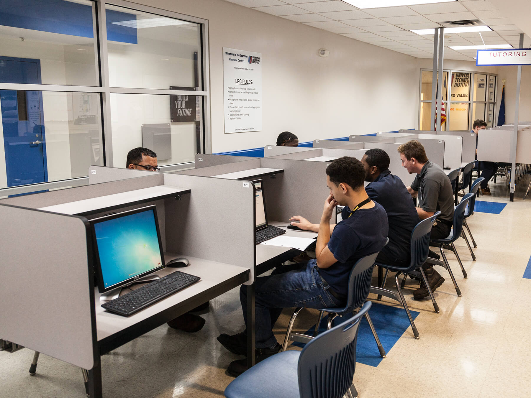 students working on a computer in the LRC classroom at the Exton campus